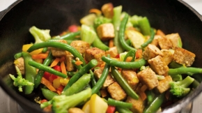 Szechwan Tempeh Vegetable Stir-Fry